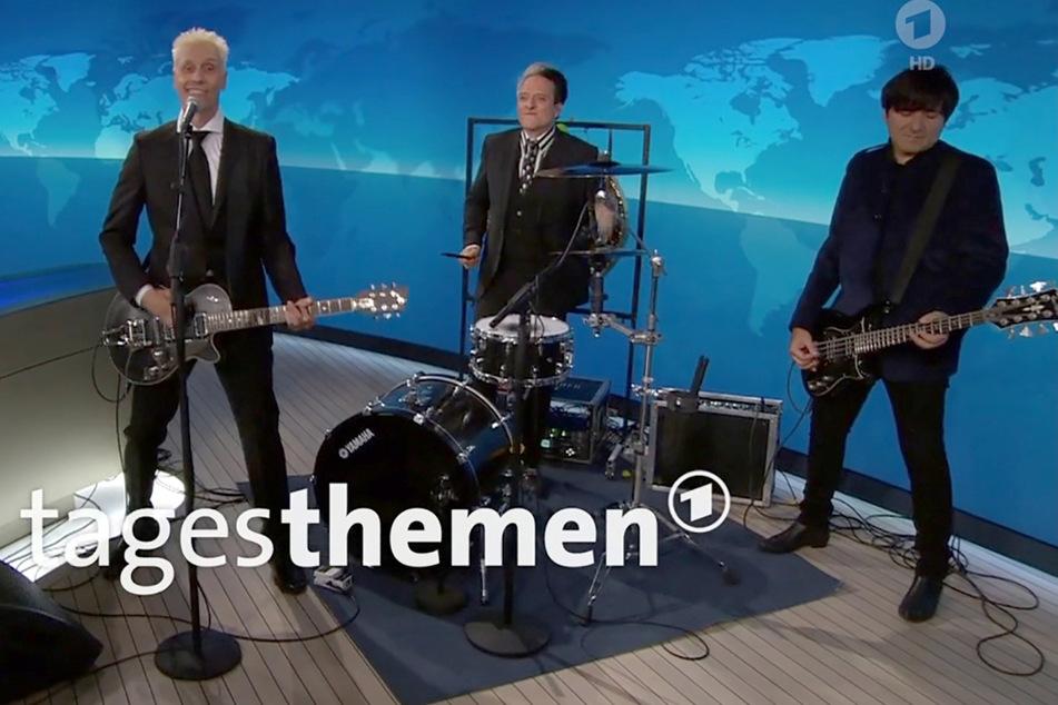 """""""Die Ärzte"""" singen live in den ARD-""""Tagesthemen"""": Band erinnert an Probleme der Kulturbranche"""