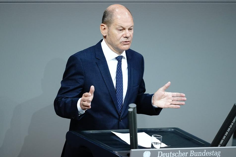 """Vizekanzler Olaf Scholz verurteilte bei Twitter den antisemitischen Angriff in Hamburg als """"feigen und abscheulichen Anschlag""""."""