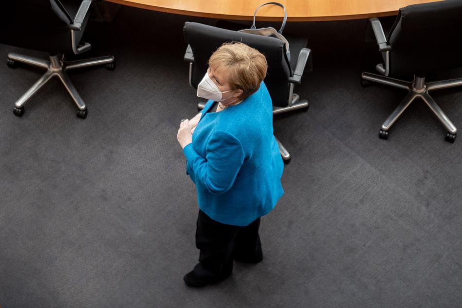 Bundeskanzlerin Angela Merkel (66, CDU) soll sich für ein Sommer-Öffnungskonzept für Tourismusverbände einsetzen.