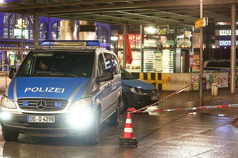 Hooligans jagen Ausländer am Hauptbahnhof