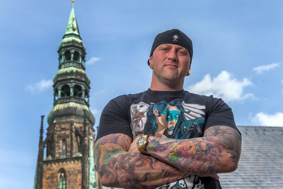 Für Tätowierer Randy Engelhard (43) steht seine Existenz auf dem Spiel (Archivbild).