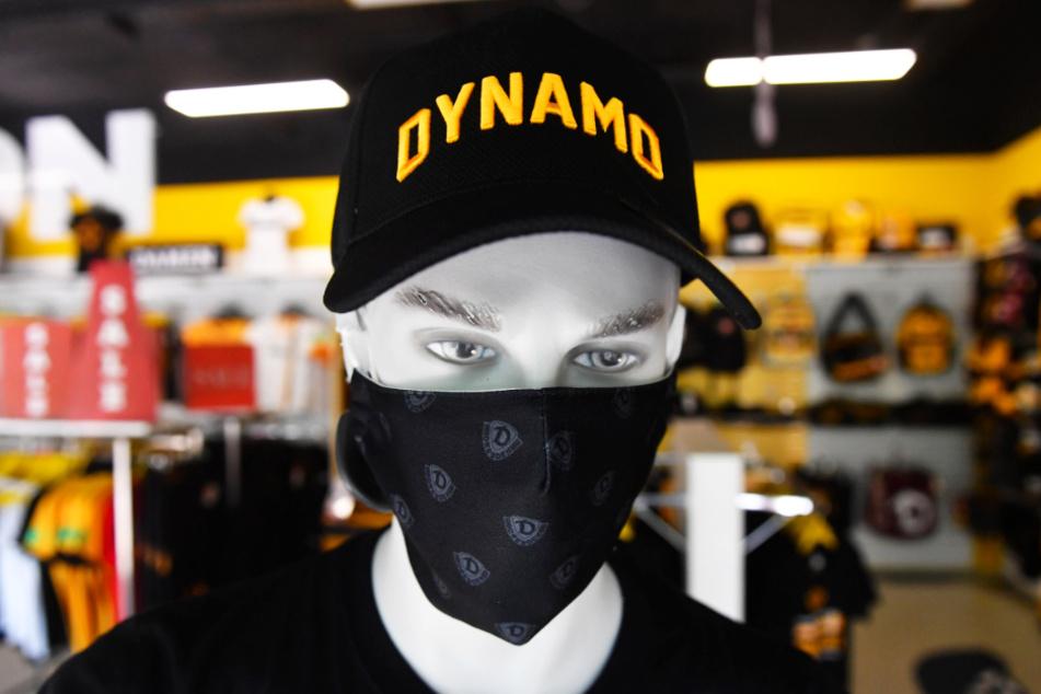 Die schwarze Dynamo-Schutzmaske ist derzeit erhältlich, auf die anderen muss lange gewartet werden.