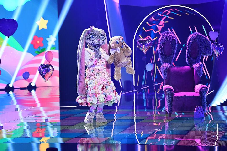 """Wer steckt bei """"Masked Singer"""" unter dem drolligen Hasen-Kostüm?"""