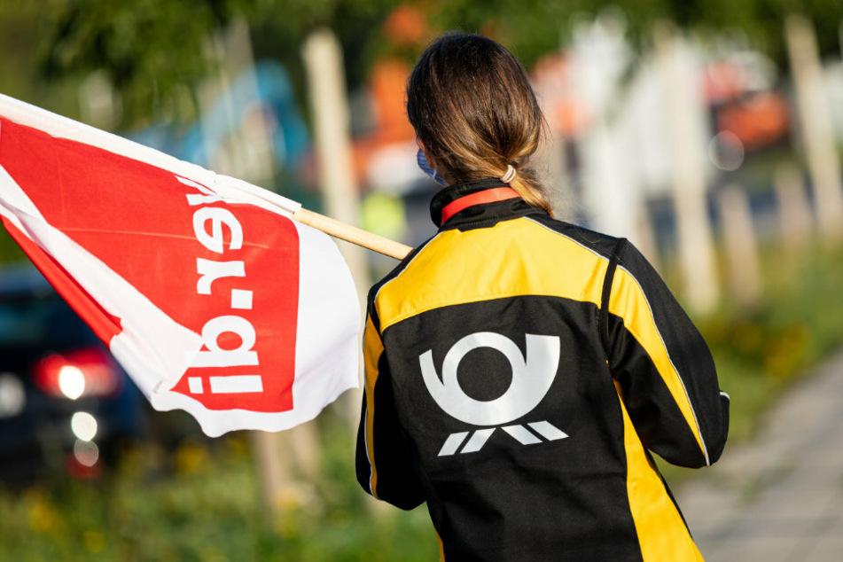 Nachdem am Mittwoch und Donnerstag in mehreren Bundesländern erste Warnstreiks gegen die Deutsche Post stattgefunden haben, hat die Gewerkschaft Verdi nun auch die Berliner Mitarbeiter der Post aufgefordert, ihre Arbeit niederzulegen. (Symbolfoto)