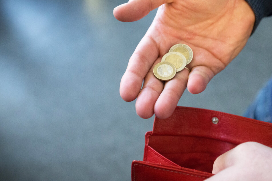 Wenn das Geld knapp ist: Relative Armut betrifft sehr viele Menschen in Deutschland (Symbolbild).