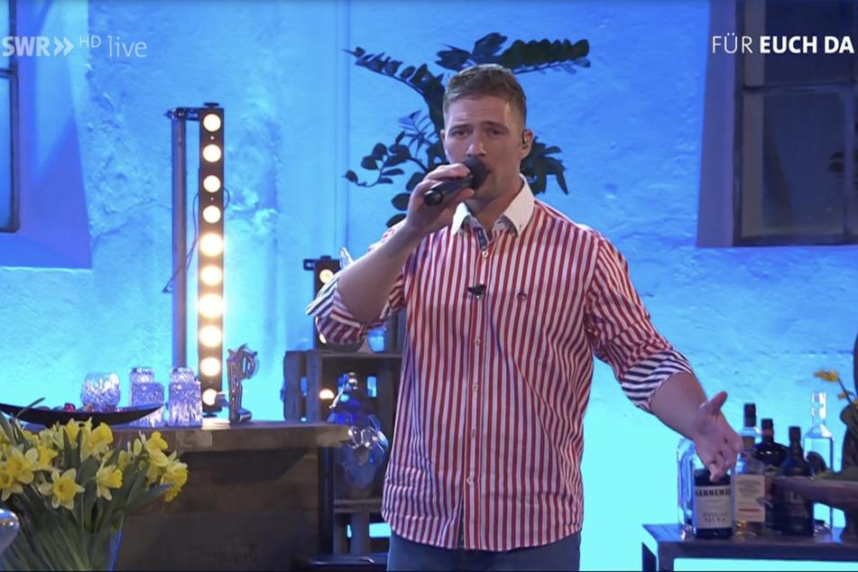 """Seinen zweiten Live-Auftritt nach DSDS hatte Ramon Roselly (26) am Donnerstagabend in der SWR-Show """"Der Südwesten singt""""."""