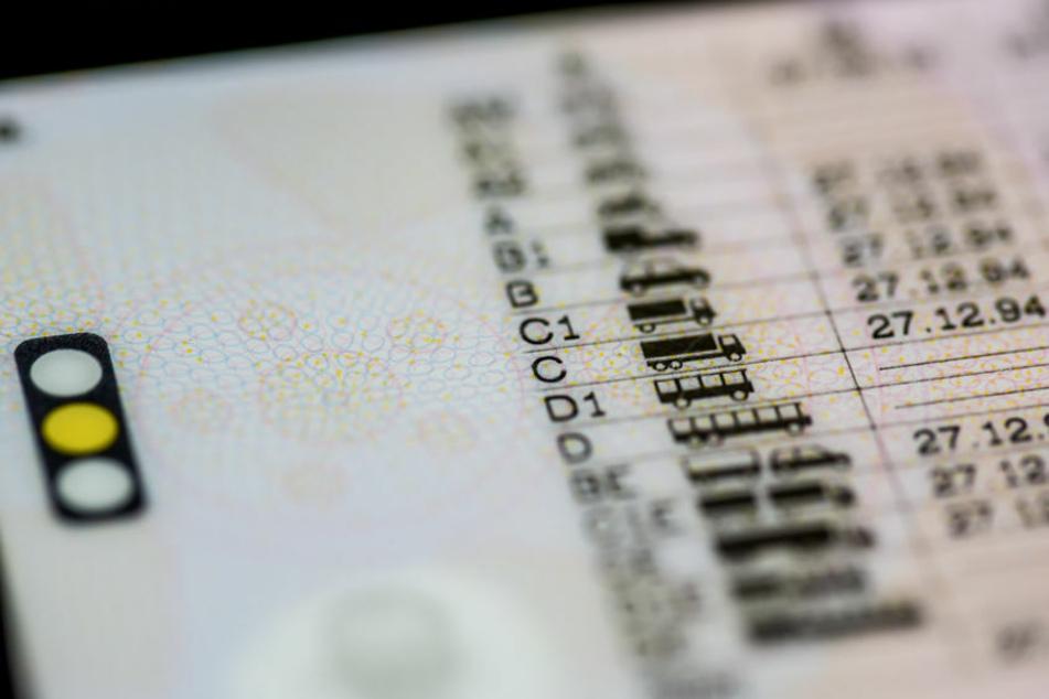 Der 31-Jährige konnte keinen Führerschein vorweisen. (Symbolfoto)