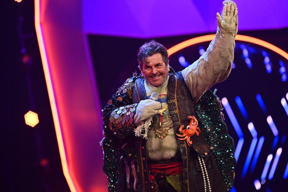 """Er spielte extra auf Dieter Bohlen (67) an: Thomas Anders (58) steckte im Schildkröten-Outfit und wurde Vierter von """"The Masked Singer""""."""