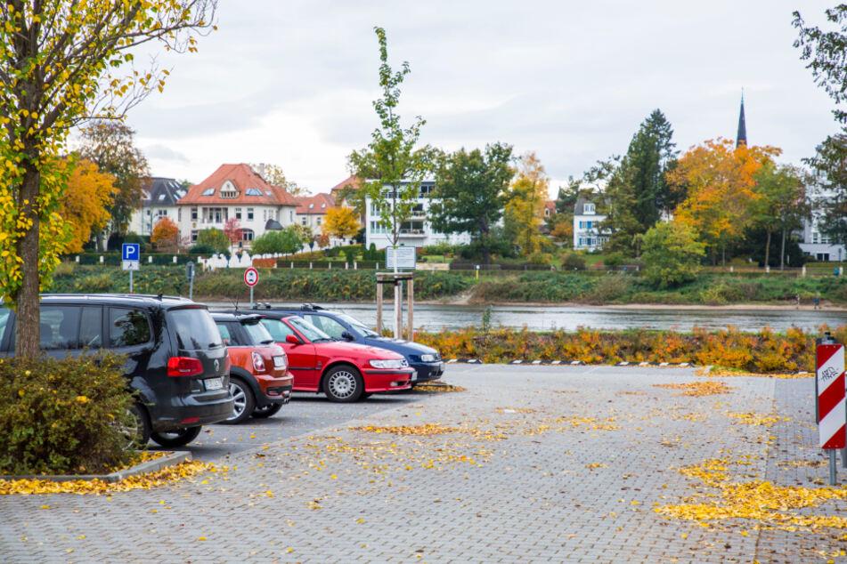 Der neue Parkplatz soll wieder zur Baustelle werden.