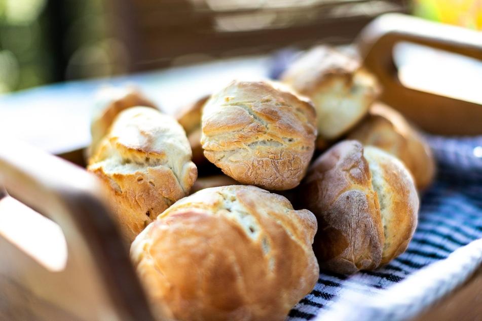 Was gibt es sonntags Schöneres, als herrlich duftende, frisch gebackene Brötchen?