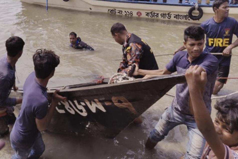 Im Netz kursiert ein Bild, das eines der verunglückten Boote zeigen soll.