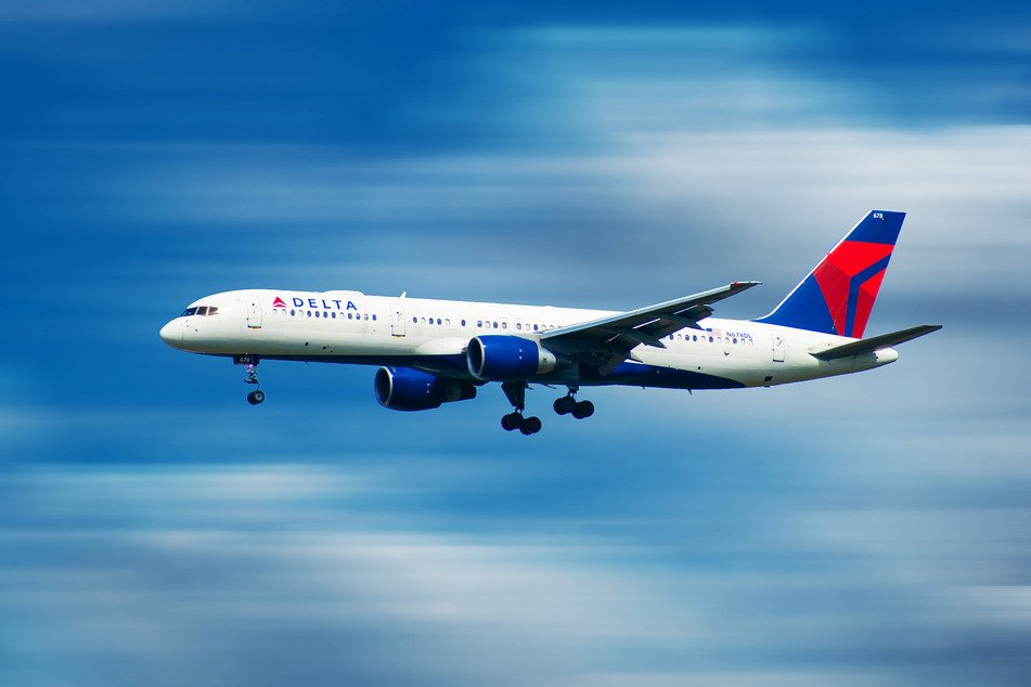 The incident occurred on a Delta flight to Detroit (stock image).