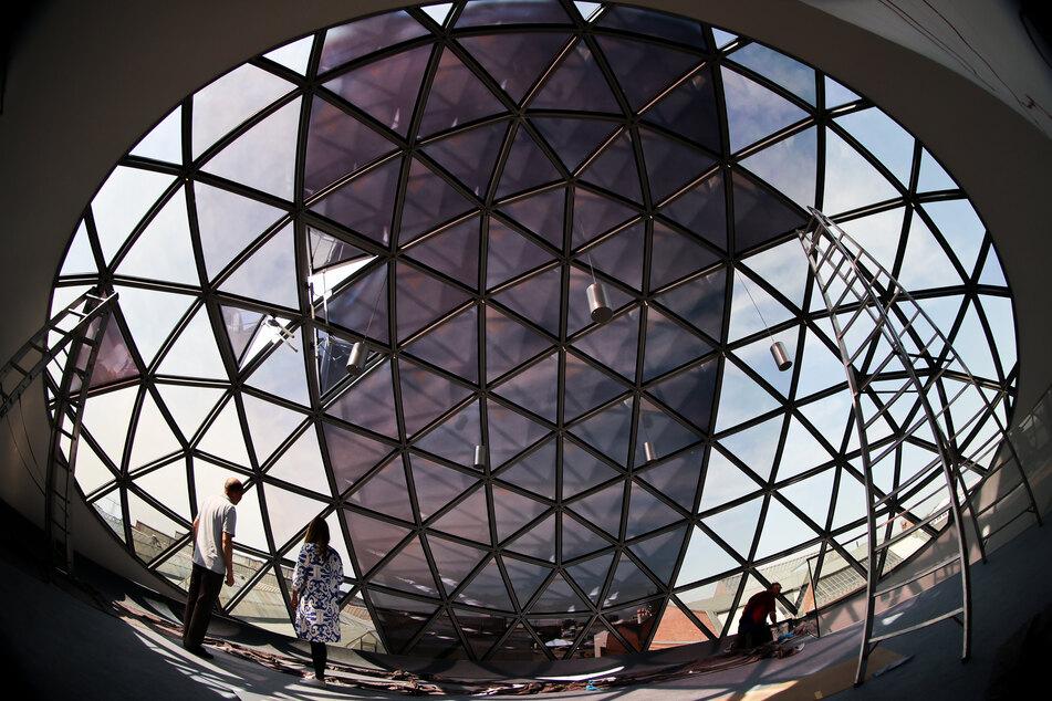 Außerdem soll die Sphere als Event-Location genutzt werden.