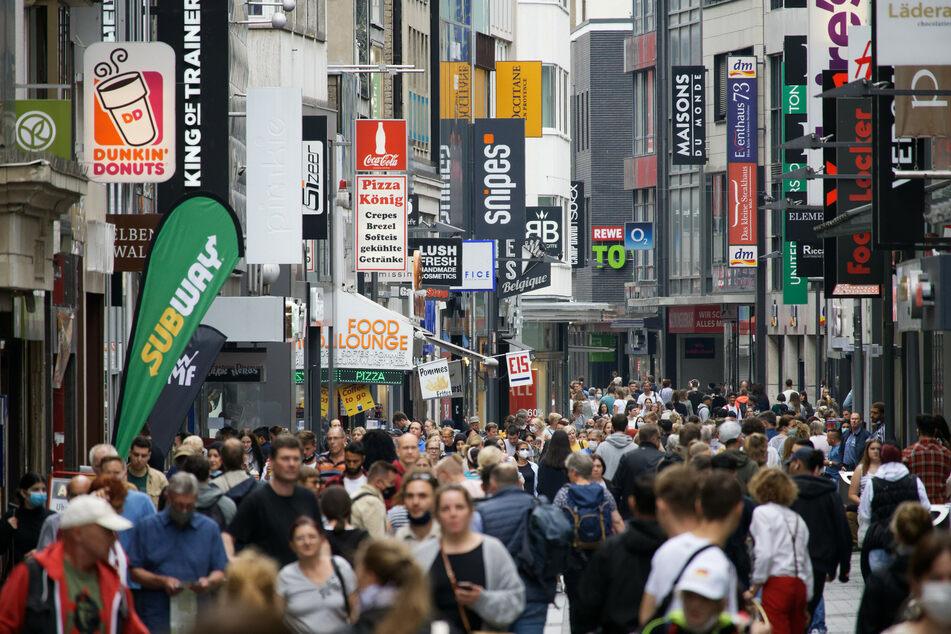 NRW-Regierung gibt Modellkommunen für Corona-Lockerungen bekannt