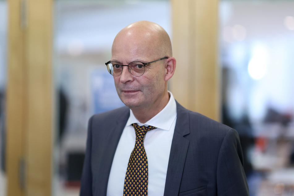 Halles Oberbürgermeister Bernd Wiegand (63, parteilos).