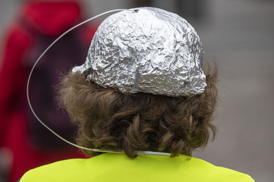 Leipziger Studie: Ausländerfeindlichkeit sinkt, dafür mehr Verschwörungs-Mythen und Radikalisierung