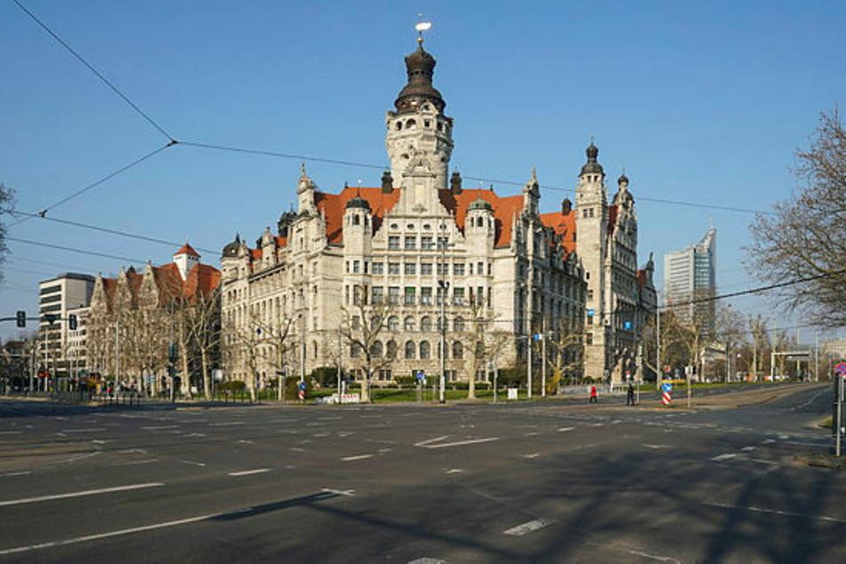 Das Neue Rathaus in Leipzig. Während die Stadträte aus dem Home-Office Beschlüsse fassen, dürfen Besucher in den Plenarsaal.