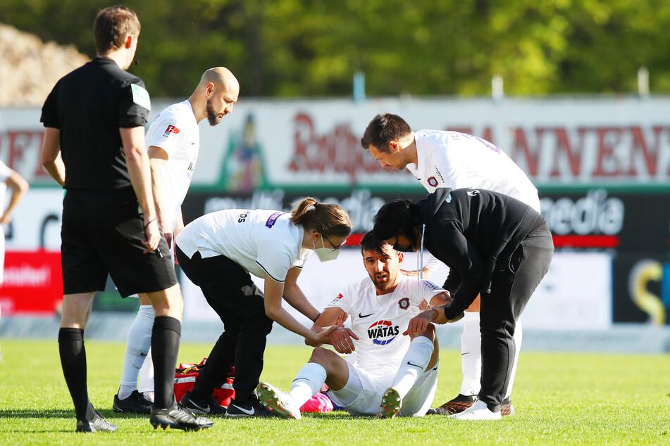 Ognjen Gnjatic (29) hatte sich Ende April im Auswärtsspiel beim Karlsruher SC eine Ellenbogenfraktur zugezogen.