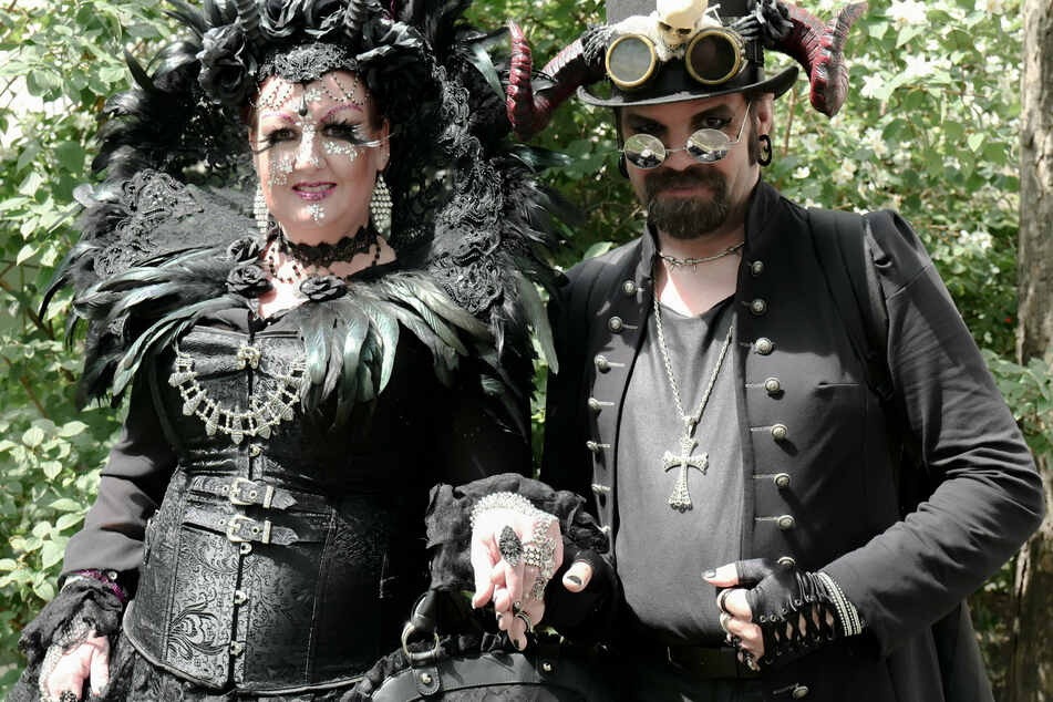 Fans des Wave-Gotik-Festivals dürften bei dem Festival-Newbie auf ihre Kosten kommen. (Archivbild)