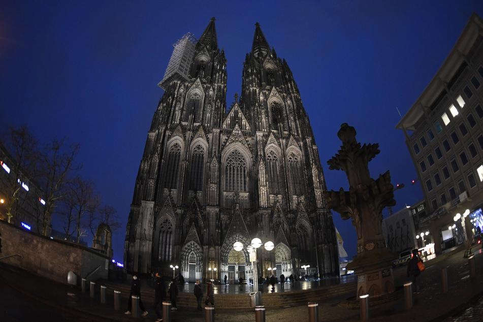 Bistum Köln: Geistlicher bringt sich nach Missbrauchs-Vorwurf und Freistellung um
