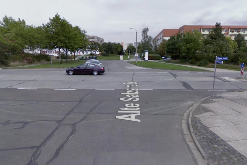 An dieser Kreuzung passierte der Unfall, bei dem ein Motorradfahrer sich mehrfach überschlagen und schwer verletzt hat.