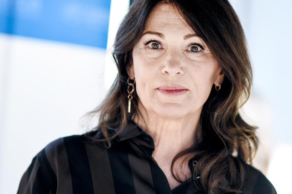 Schauspielerin Iris Berben am Rande der Dreharbeiten für einen Kurzfilm.