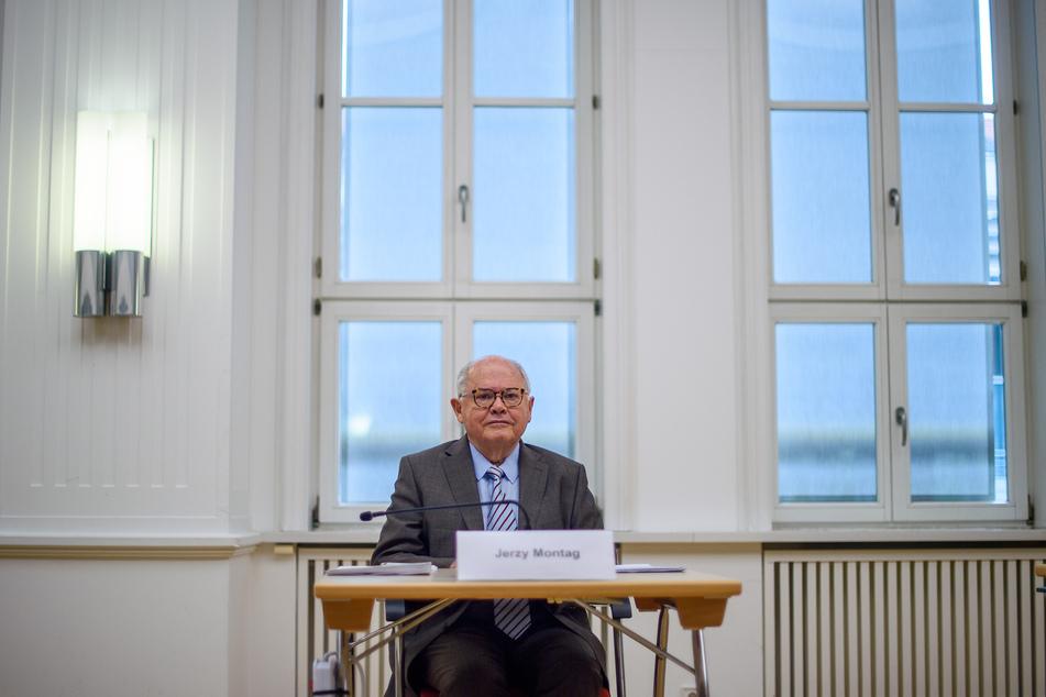 Jerzy Montag, Sonderberater des Landtags, stellt alle polizeilichen Maßnahmen im Fall des Todes von Oury Jalloh in Frage.