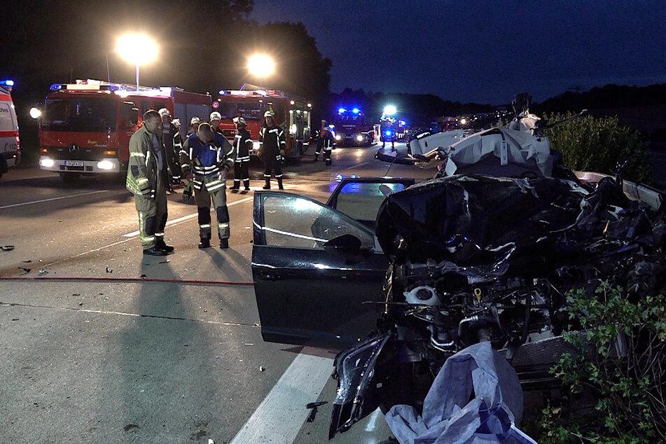 Auto in Leitplanke geschleudert: Toter bei Unfall auf der A2