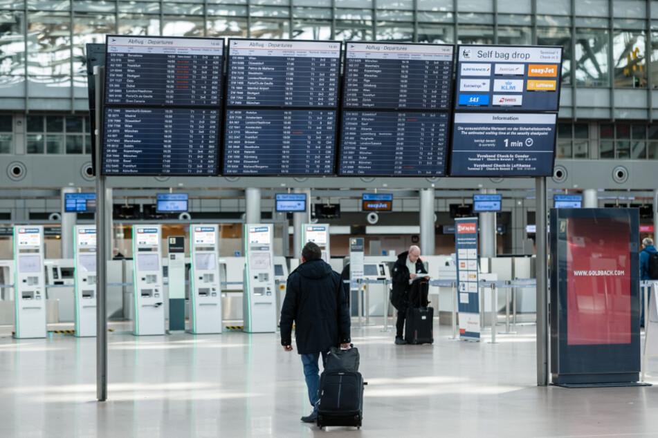 Wenig Betrieb herrscht im Terminal 1 des Hamburg Airport Helmut Schmidt.