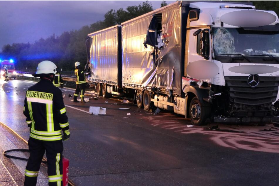 Unfall mit Lkw: Vollsperrung auf der A14!