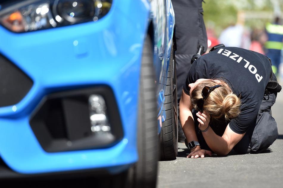 """""""Car-Freitag"""": Zahlreiche Ordnungswidrigkeiten bei Kontrollen der Tuning-Szene"""