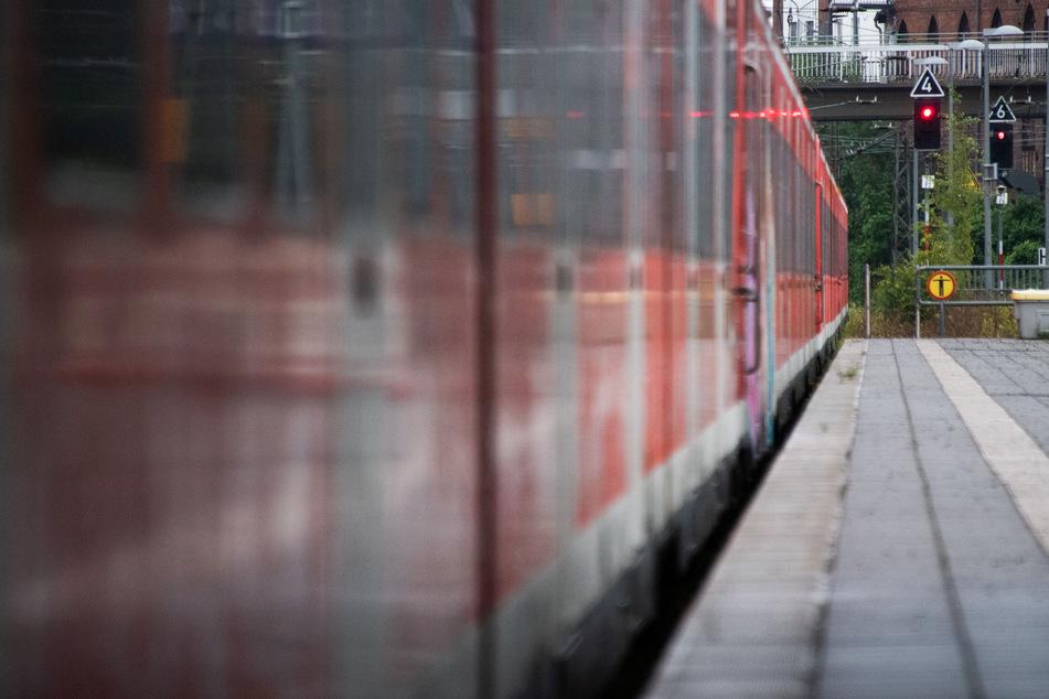 Reisende der Deutschen Bahn müssen sich ab Donnerstagmorgen erneu auf Zugausfälle einstellen. Die Gewerkschaft Deutscher Lokomotivführer streikt erneut.