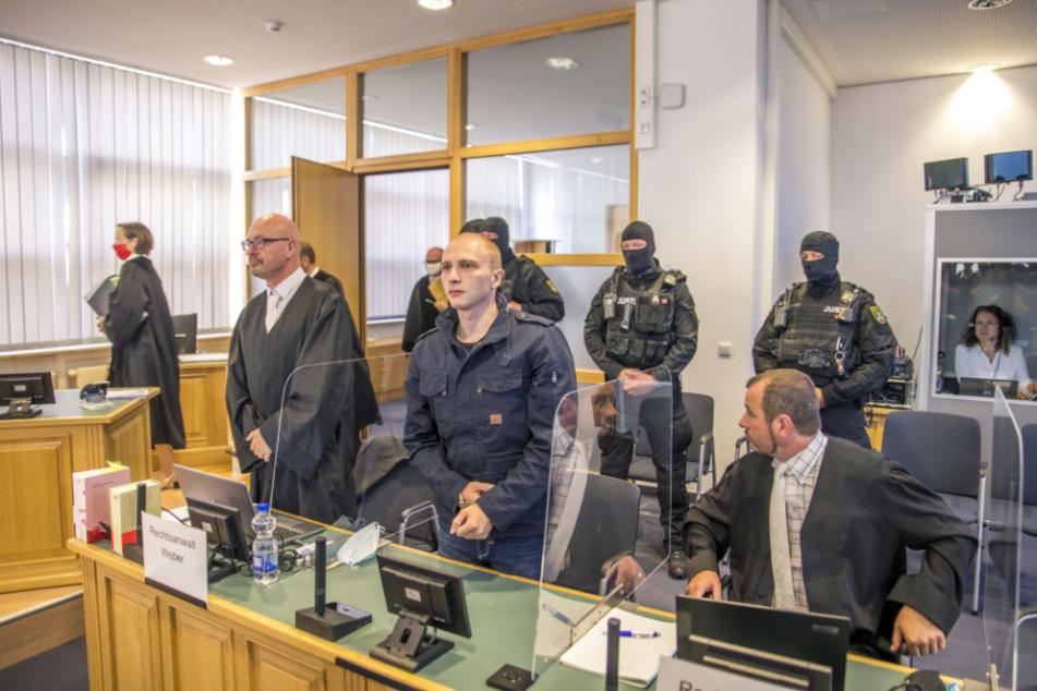 Halle-Prozess: Zeugen berichten von Kindheit des Angeklagten