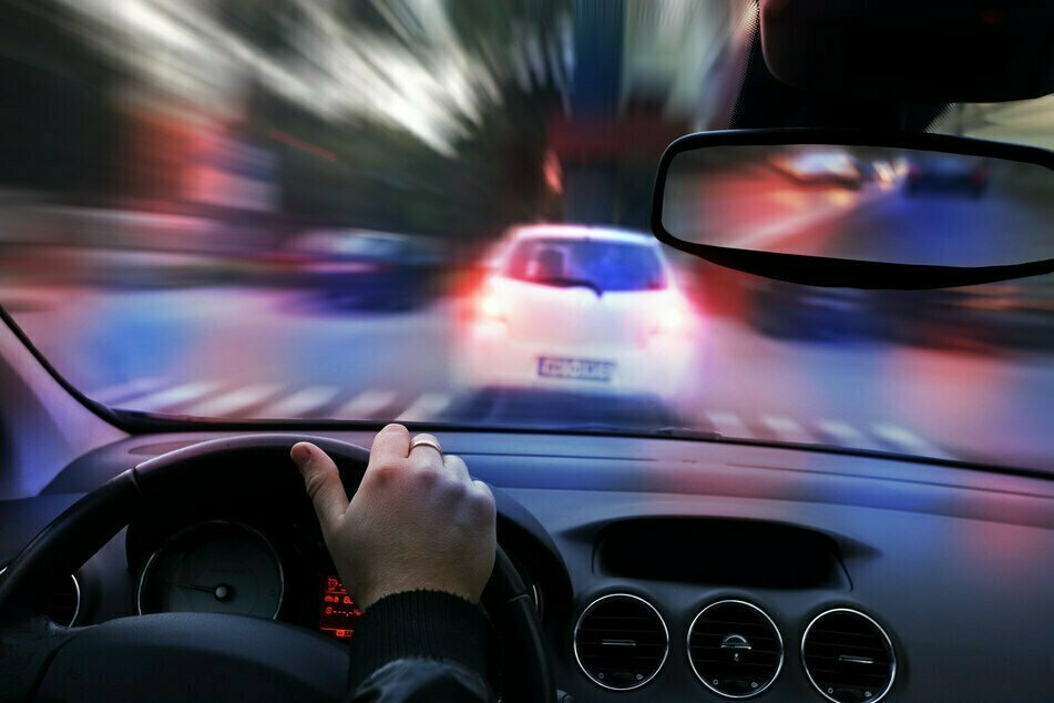 Auf Drogen und betrunken: 33-Jähriger liefert sich Verfolgungsjagd mit Polizei