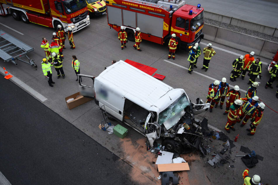 Wieder schwerer Unfall: A5 voll gesperrt