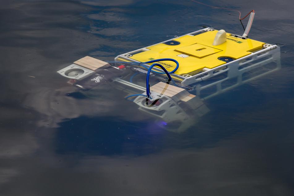 In der Vergangenheit wurde bereits ein Tauchroboter im Süßen See eingesetzt.