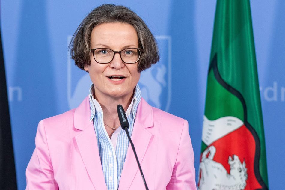 Ina Scharrenbach ist NRW-Kommunalministerin.