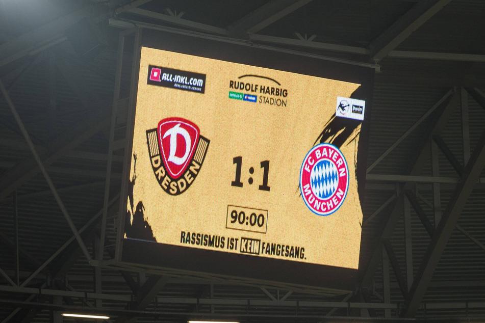 Das nackte Ergebnis prangte nach Abpfiff auf der Anzeigetafel im Harbig-Stadion.