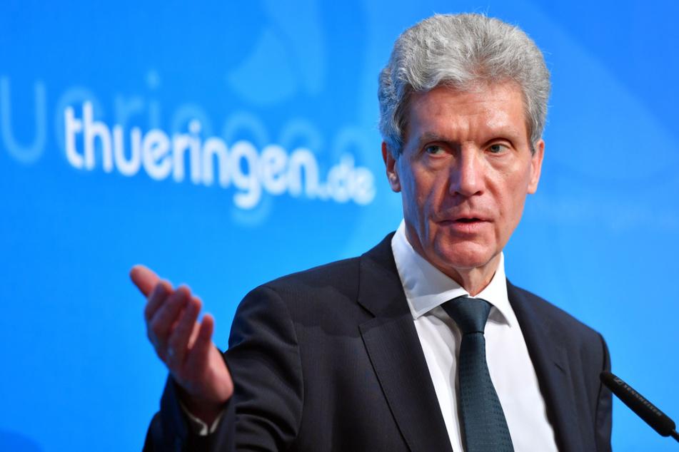 Thüringens Bildungsminister Helmut Holter (67, Linke) hat an alle Lehrer und Erzieher appelliert, sich Impfen zu lassen.