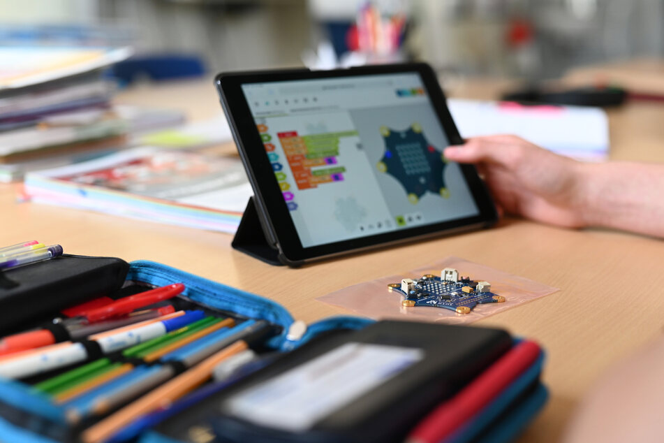 Das Land NRW arbeitet an einem digitalen Konzept für die Schüler zuhause.
