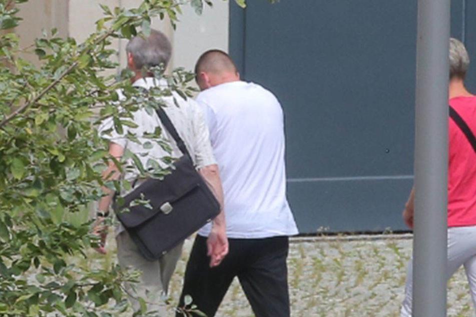 Der 35-Jährige (M) wurde am Mittwoch dem Haftrichter vorgeführt.