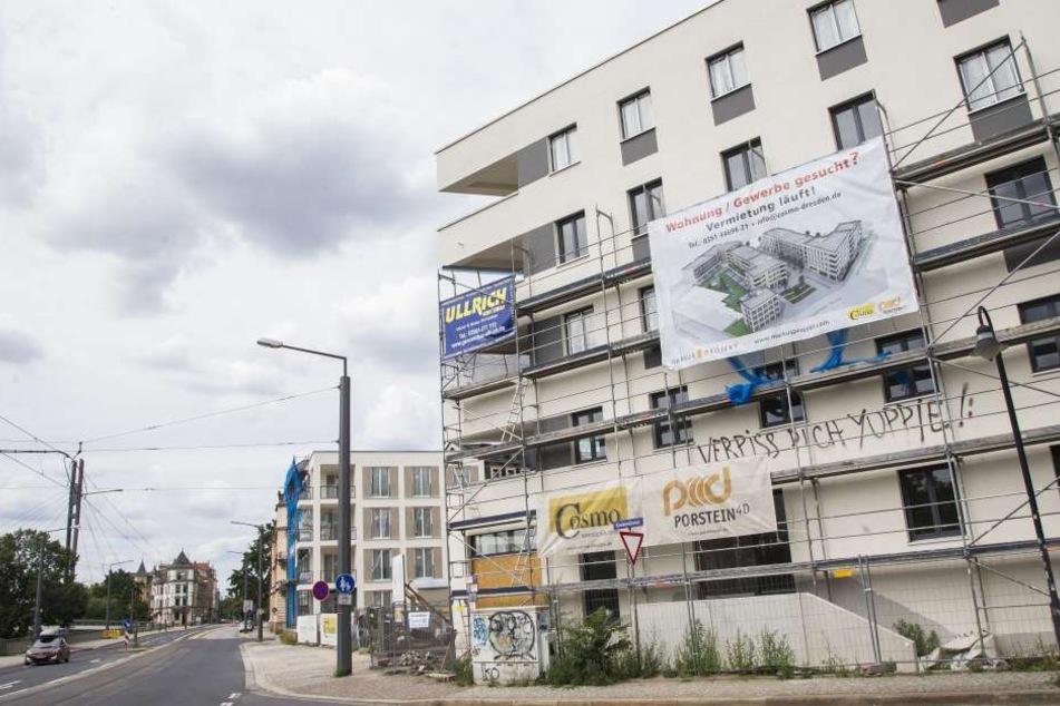 Die neue Markus-Passage an der Leipziger Straße ist kaum fertig, aber schon  beschmiert.