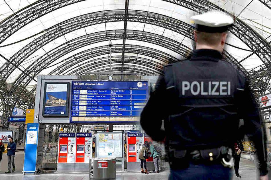 Am Dresdner Hauptbahnhof waren Bundespolizisten gefordert.