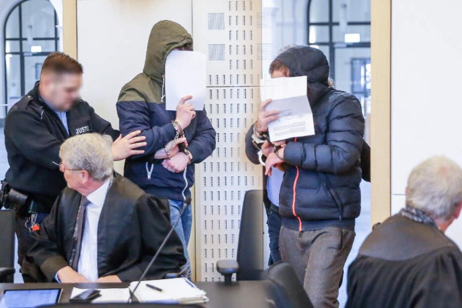 Beide Täter vor dem Landgericht Dresden. (Archivbild/Bildmontage)