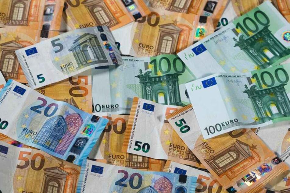 Die beiden Hauptgewinner aus Deutschland und Polen dürften sich über den Geldsegen riesig freuen (Symbolbild).