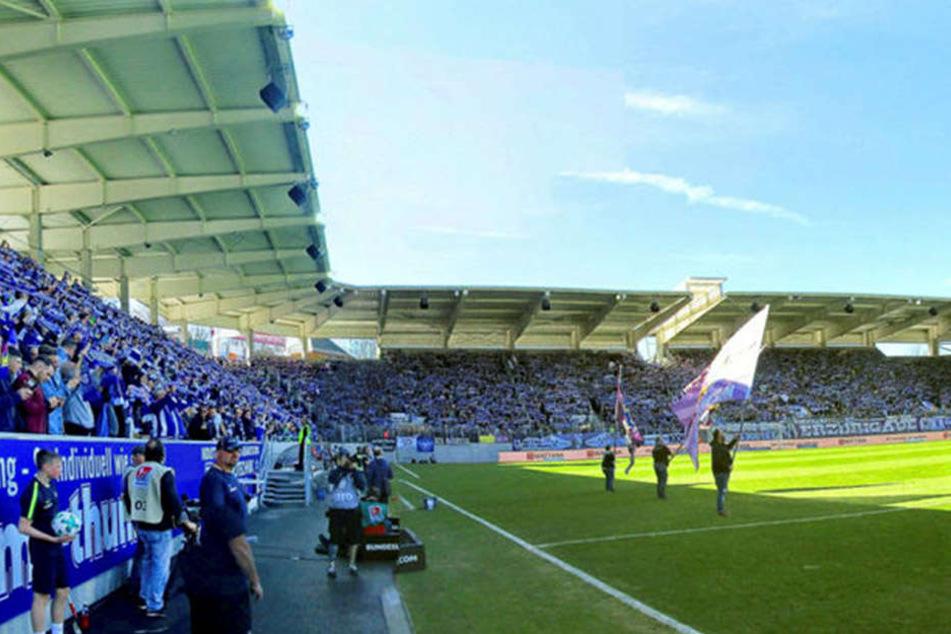 Erstmals seit dem Umbau wird das Erzgebirgsstadion am Sonntag zum Sachsenderby ausverkauft sein. Mehr als 16000 Fans werden kommen.