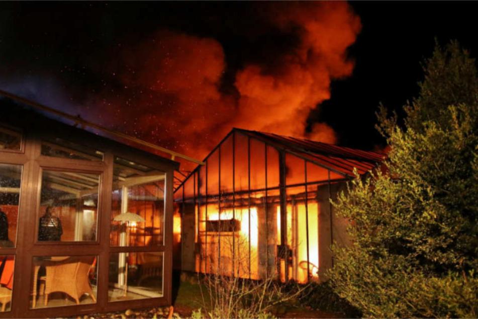 Schadenshöhe und Brandursache sind derzeit noch unklar.