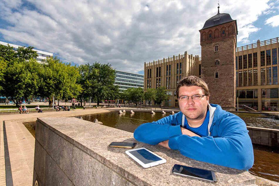 Freifunker Steffen Förster (32) versorgte den Stadthallenpark mit WLAN - und hat jetzt das Finanzamt gegen sich.
