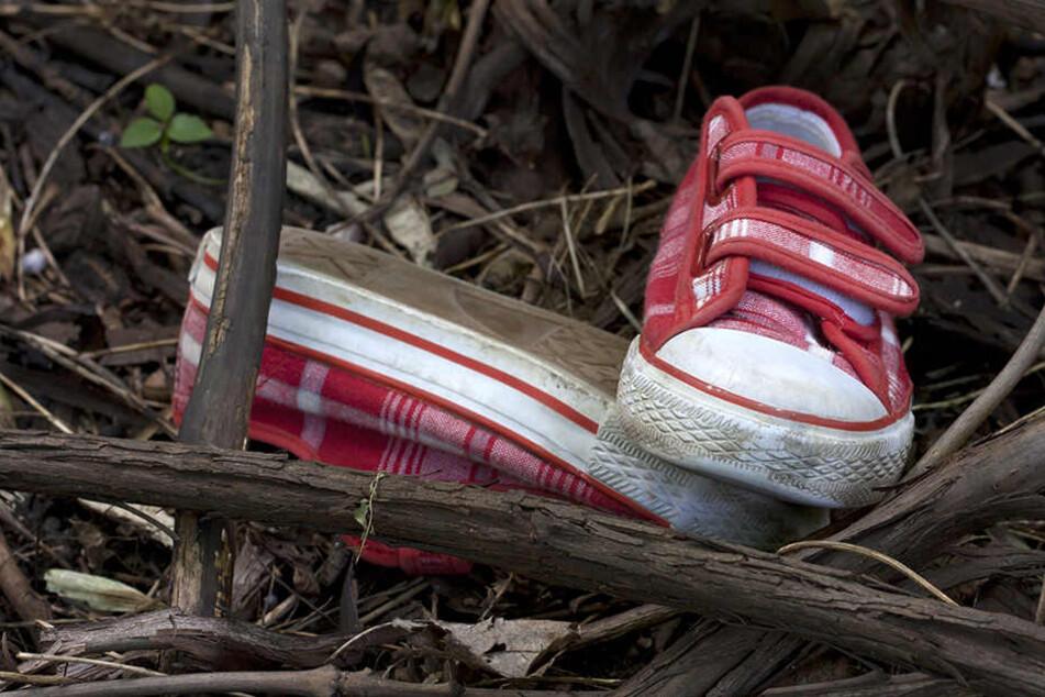 Die Leiche wurde 200 Meter vom Haus entfernt gefunden, in dem das Mädchen vergewaltigt und getötet wurde. (Symbolbild)