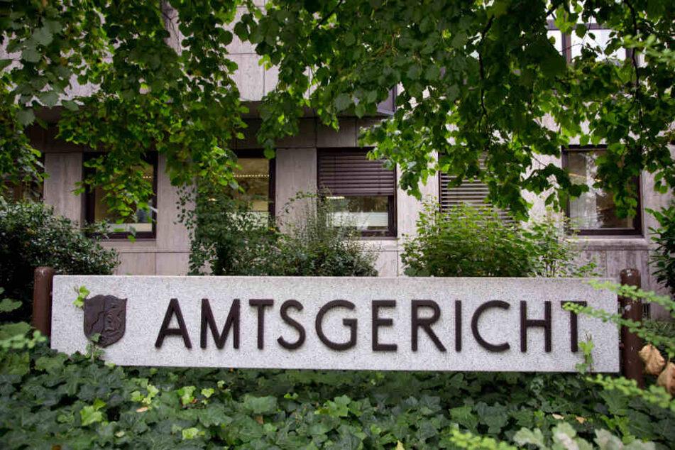 Das Bielefelder Amtsgericht verhängte die nächste Geldstrafe gegen den geständigen Betrüger.